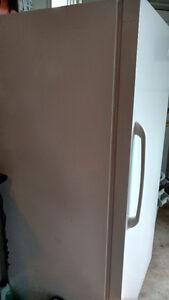 Réfrigérateur intégral (sans congélateur) Saguenay Saguenay-Lac-Saint-Jean image 5