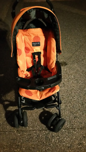 PEGG PEREGO STROLLER AND CAR SEAT COMBO