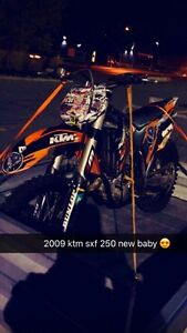 Ktm 250 sxf 2009 MINT !!! Try your trades 2 hours on top end