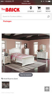 Brand new bedroom set mattress included