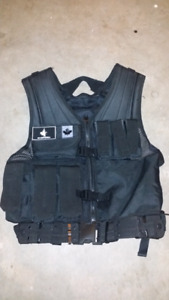 Voodoo Tactical Entry Assault Vest / Paintball Vest / Chest Rig