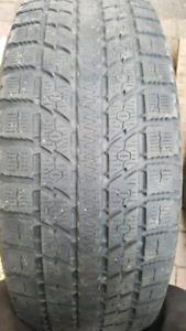 1 pneu 235-65-17 toyo observe gsi5