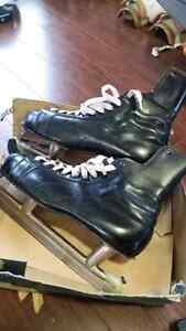 Vintage Black leather Size 12 CCM Skates with Box