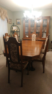 Dining Room Set solid Oak