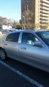 2008 Lincoln Town Car Sedan only $1500