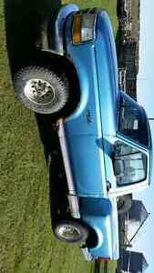 1992 Ford F-150 flareside Pickup Truck