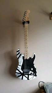 EVH guitar Striped Series