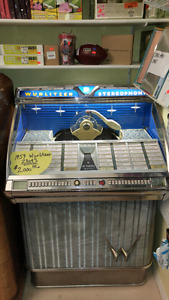 1959 Wurlitzer model 2300 Jukebox.