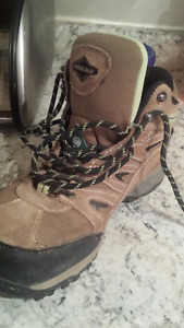 Womans Safety boots.