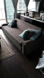LARGE PULL-OUT BED  COUCH Comfortable