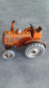 Dinky 301  - Field Marshall Tractor