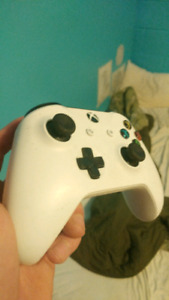 Xbox one controller mint condish