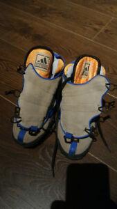 Adidas Badlander adiDRY Outdoor Shoes (women US 7; vintage)
