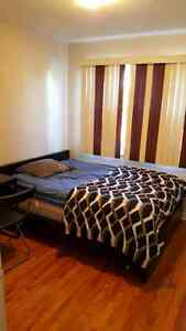Chambre a louer. Room to rent