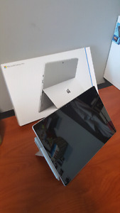 Microsoft Surface Pro 4 with Type Cover
