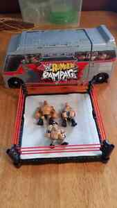 Wwf rink and wrestlers / Wwf tour bus