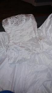 Ensemble de mariage, robe, décoration, cadeau d'invité etc...