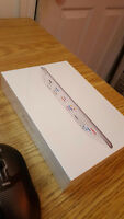 300$ iPad mini 2 Wi-Fi 16 GB white brand new still in box