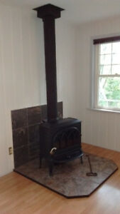 Jotul F 400 Woodstove with Chimney and Accessories