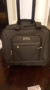 Nextech laptop 360 wheel bag $25