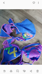 size large roxy 2 piece swimsuit reversible