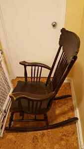 Antique rocking chair Cambridge Kitchener Area image 2