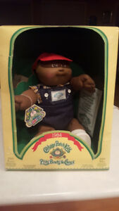 Vintage Cabbage Patch kid in box.