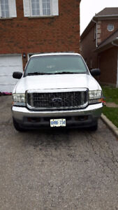 2003 Ford Excursion XLT SUV, Crossover