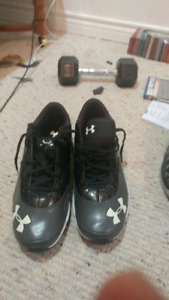 Underarmer shoes brand new size 12