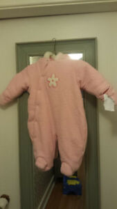 Pink Snowsuit. Great condition. Size 3-6 months