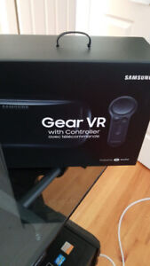 BRAND NEW SAMUNG GEAR VR WITH CONTROLLER FOR SALE!!