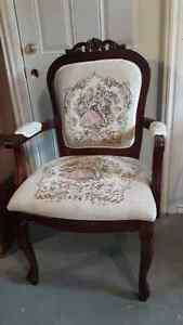 VICTORIAN STYLE CHAIR Peterborough Peterborough Area image 1