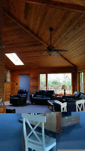Beautiful open concept modern cottage Southcott Pines Grand Bend