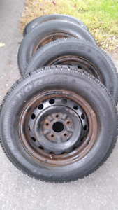 Goodyear Nordic winter tires with Rims 195 / 70 / R14