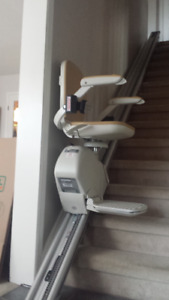 Acorn Stairlift for sale in excellent condition