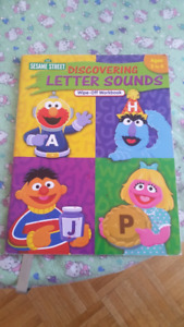 Leap frog fridge phonics (leapfrog) with Letter sound  book