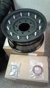 H1 Hummer beadlock wheel assembly kit 12 bolt style. New