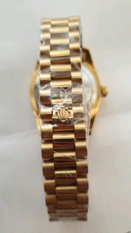 1a2b015bff5 GOLD Automatic Rolex Date Just watch (not gucci