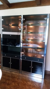 WALL UNIT WITH BAR AND LIGHT