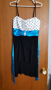 Size 12 dress. Brand new. From Sears.