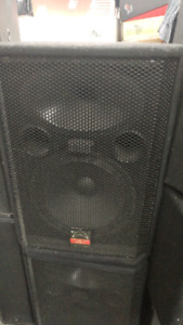 1 pair of speakers