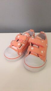Gymboree baby girl shoes size 5 London Ontario image 1