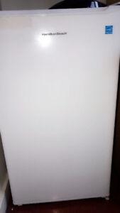 White Mini Refrigerator For Sale! Less Than 7 months old