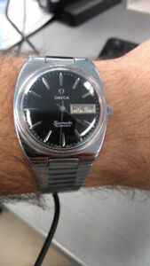 Vintage Omega Seamaster Watch CAL1020 movement