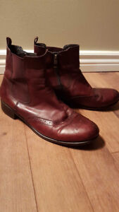 Ara brand - Oxford style leather ankle zip boots