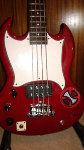 Epiphone Bass Guitar left handed