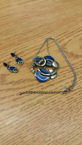 Necklace and earring set from Montreal
