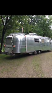 WANTED AIRSTREAM INSTANT CASH AND PICKUP  immediately