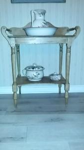 Meuble lave main antique table