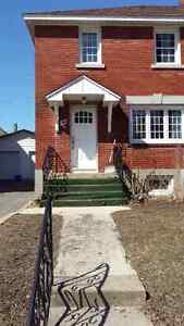 Glebe semi-detached house - 3 bedrooms, charming home